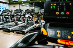 Treadmills in a gym.