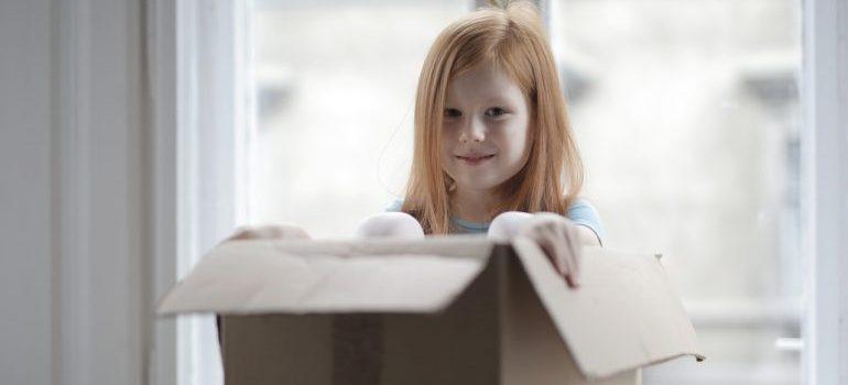 Kid packing